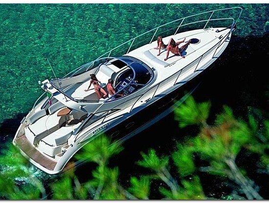 Noleggio barca Yacht Azimut Atlantis 39