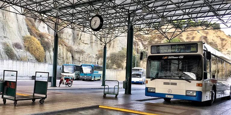 mezzo pubblico bus Zante