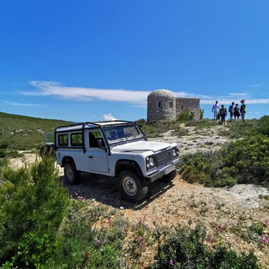 wycieczki do zatoki wraku jeepem land roverem