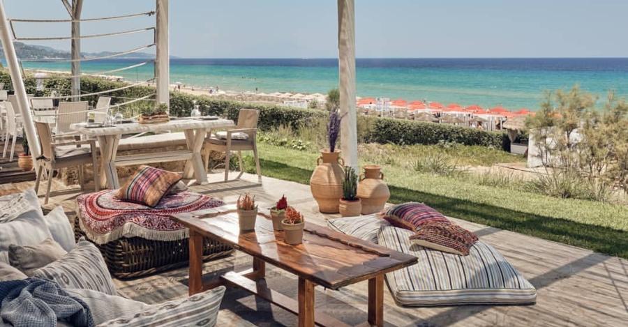 aperitivo zante casa playa banana beach