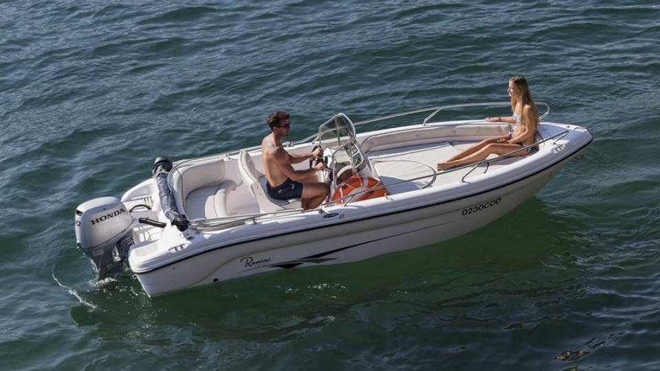 noleggio barca senza patente zante