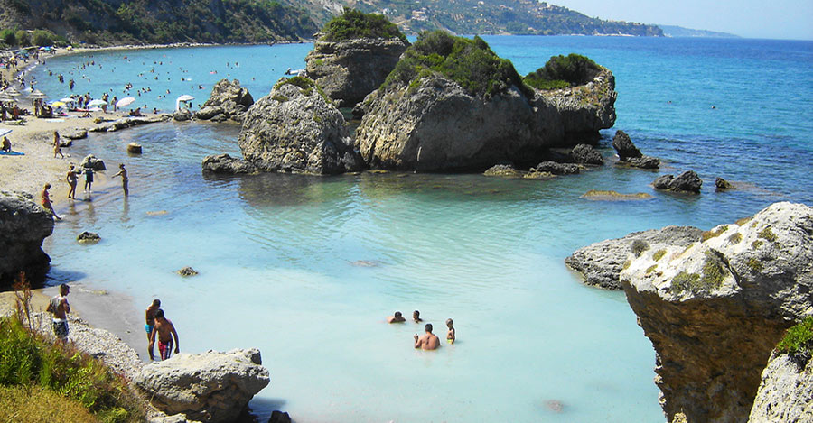 port zoro beach zante
