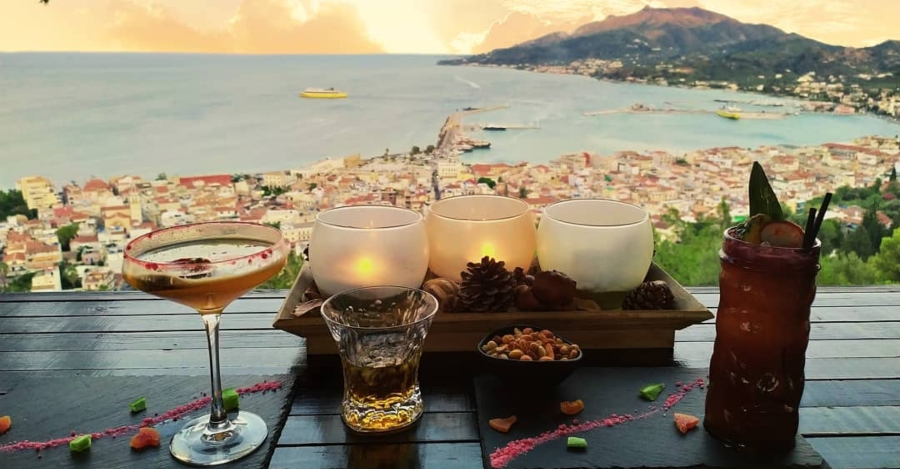 aperitivo con vista Zante al paese di Bochali